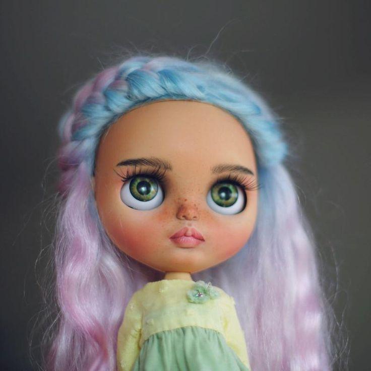 Candy••ooak custom blythe doll with mohair weft hair
