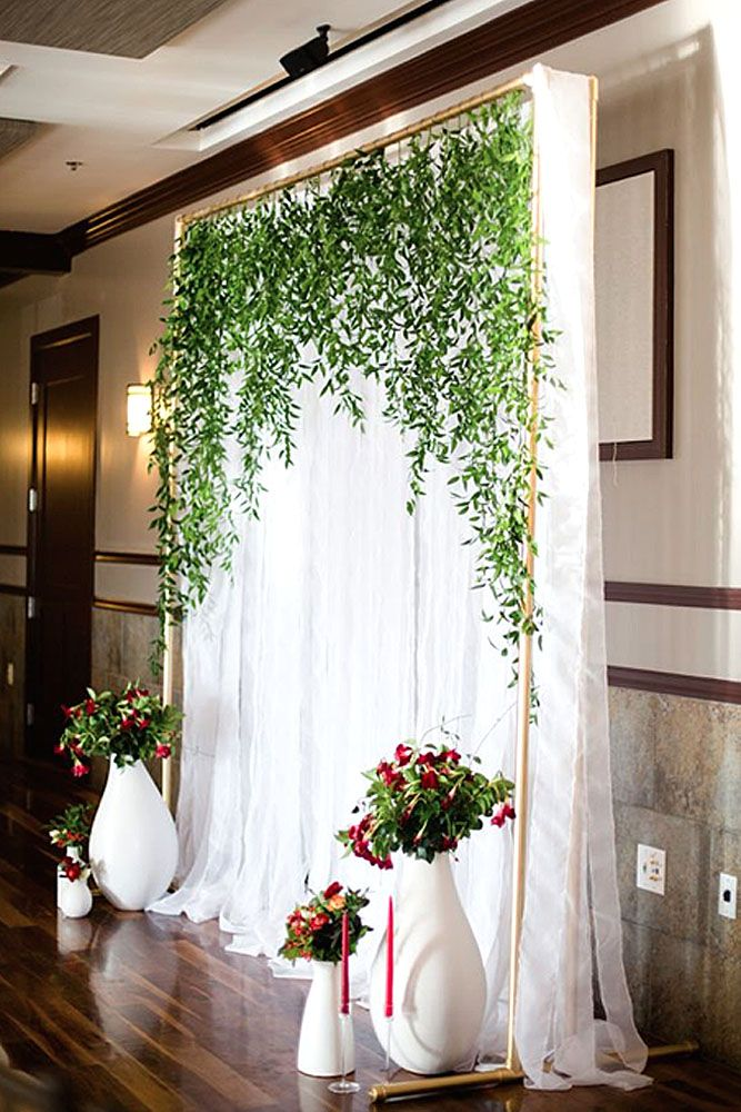 Best 20 wedding wall decorations ideas on pinterest for Indoor greenery ideas