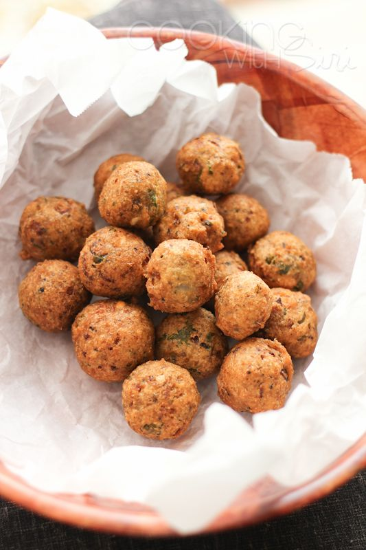New Year's Special #Recipe - Accara | Get Lucky with these Easy Black-Eyed Pea Fritters. Grab the recipe here ->> http://www.cookingwithsiri.com/2013/01/new-years-special-recipe-accara-black.html
