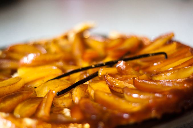 Epic and classic french dessert - Tarte Tatin. Caramel, apples and puff pastry bottom.