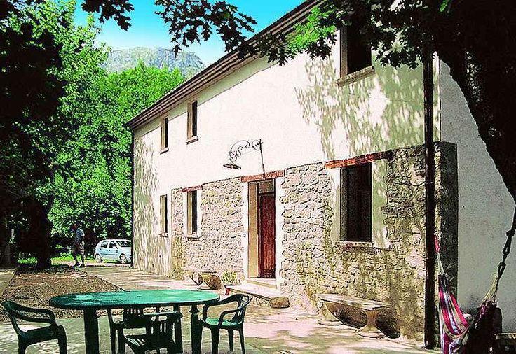 Property for sale in Abruzzo, Teramo, Arsita, Italy - Italianhousesforsale - http://www.italianhousesforsale.com/view/property-italy/abruzzo/teramo/arsita/1940781.html