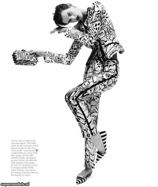 Saskia de Brauw in 'Black White & Red All Over' - Photographed by Daniel Jackson (Harper's Bazaar US November 2012)    Complete shoot after the click...