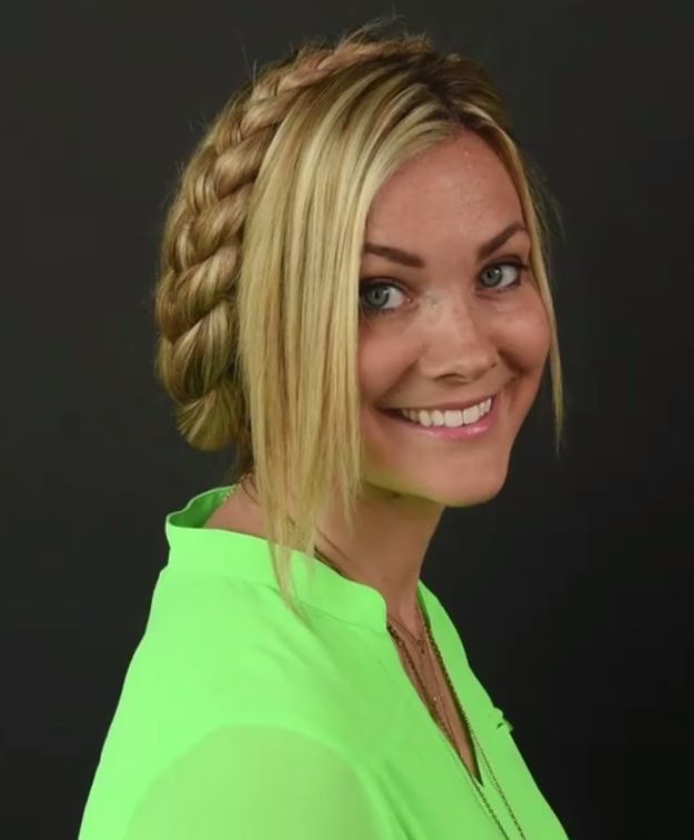 Best Hair Images On Pinterest Hair Dos Hair Styles And - Diy hairstyle knotted milkmaid braid