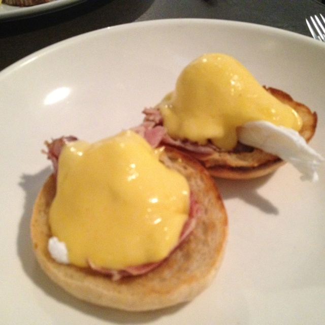 The Commercial Bakery - Eggs Benedict (Yum!)