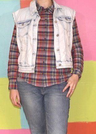 À vendre sur #vintedfrance ! http://www.vinted.fr/mode-femmes/vestes-en-jean/29400946-veste-en-jeans-manche-courte-motif-papillon-txxl46-48-d-cherri-demi-saison-casualrockethnique