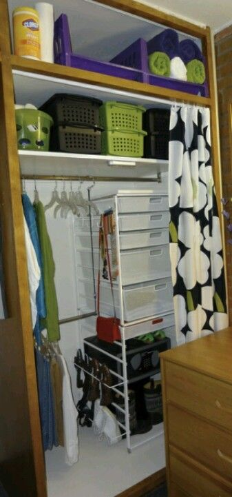 Dorm room ideaNeat organization for dorm closet...I personally would like this but more colorful
