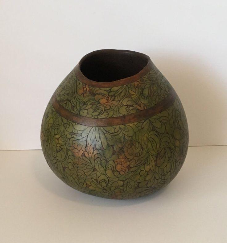 Green Zentangle Heaven Gourd Vase by GoodGourdLLC on Etsy https://www.etsy.com/listing/462555551/green-zentangle-heaven-gourd-vase