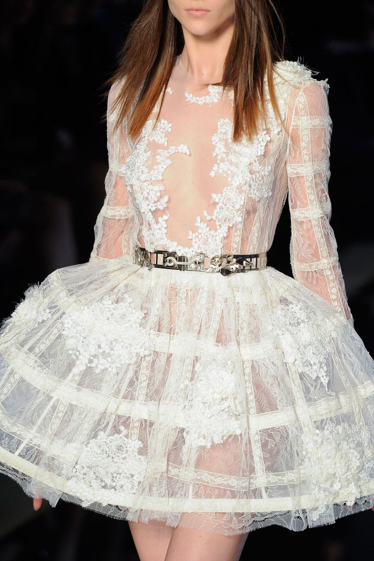 Zuhair Murad at Couture Spring 2016 - Livingly