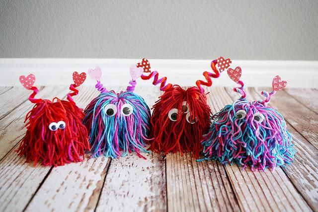 DIY Yarn Crafts: DIY Crafts: DIY: lil love monsters so cute!