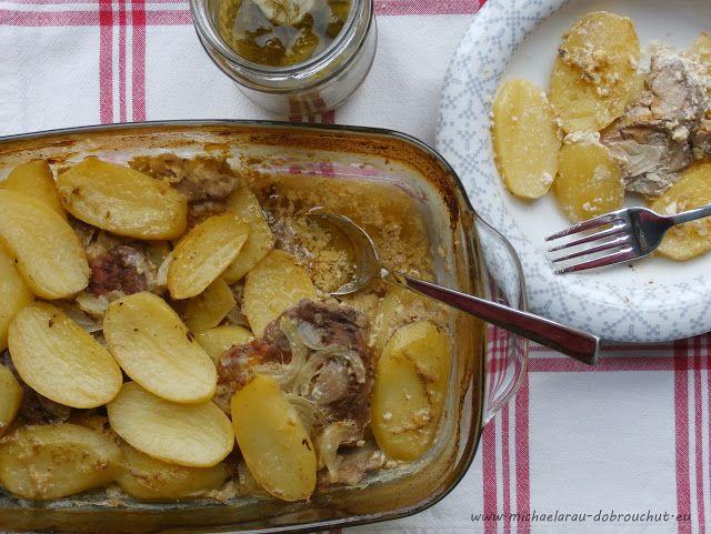 Vepřové zapečené v bramborách