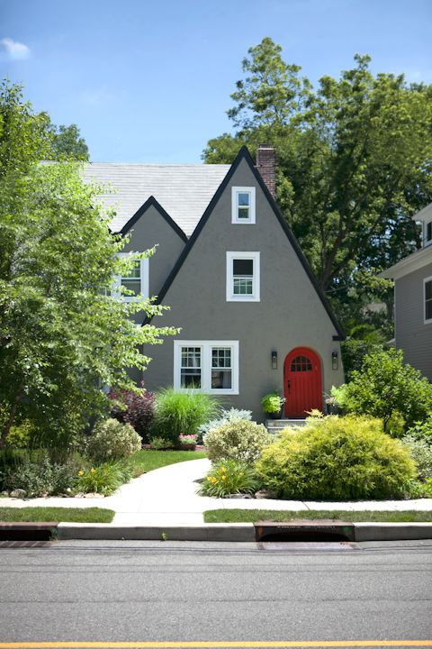 16 best images about tudor style exterior on pinterest house plans exterior colors and for Exterior paint colors for tudor homes