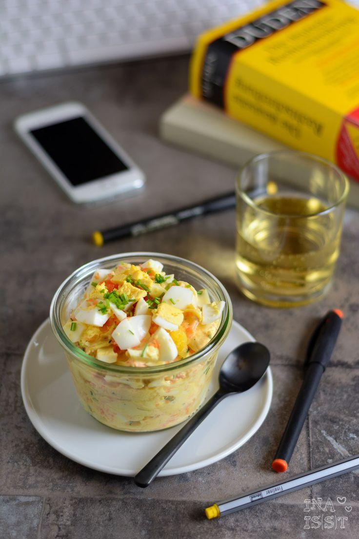 Ina Is(s)t: Essen im Büro #6 - Leichter Eiersalat mit Möhre und Petersilienwurzel