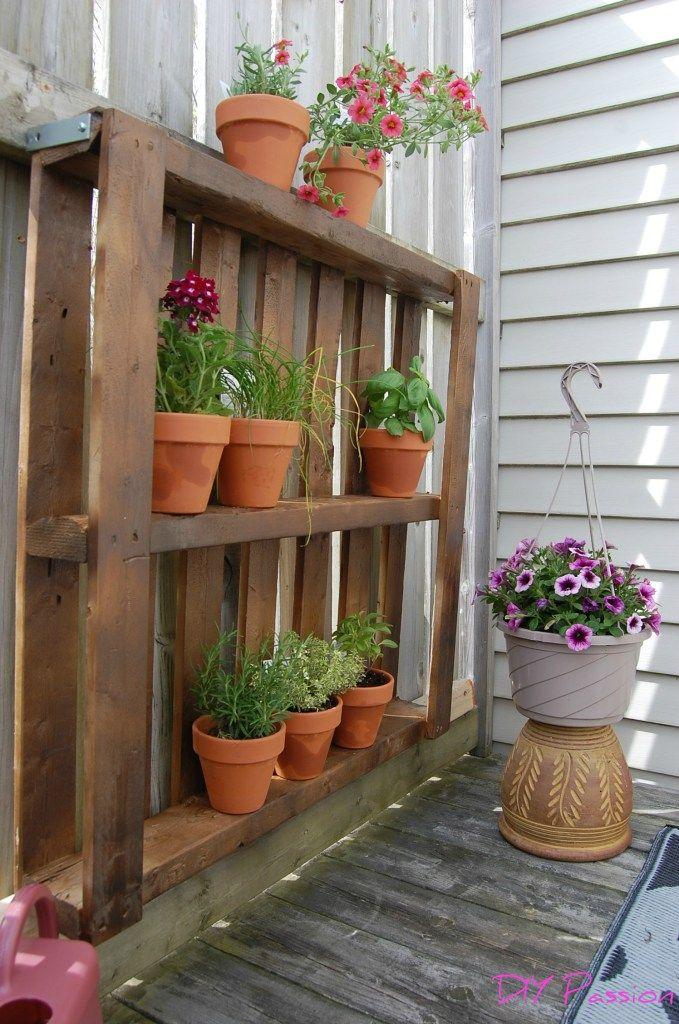 My One Hour 15 Balcony Pallet Garden Herb Garden Pallet