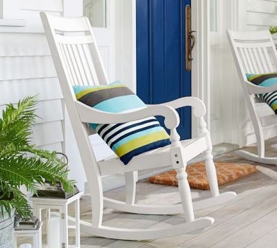 Are you looking for some great farmhouse style rocking chair options? Look no further. I have 15 farmhouse style rocking chairs for you to drool over!