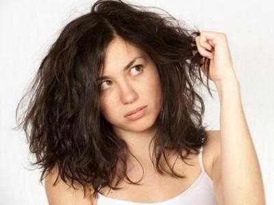 Merawat Rambut Mengembang - Disini ada cara merawat rambut mengembang kaku dan bercabang tebal kasar bergelombang keriting akibat rebonding serta smoothing agar menjadi lurus.