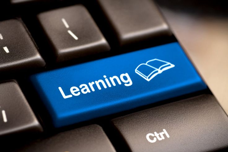 Administração de Sistema Linux, Matemática Financeira, Primeiro Emprego e Saúde no Trabalho são algumas das opções.