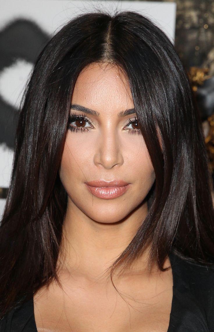 Beauty Looks. Queen of Bronzer herself, Kim K. Make-Up.