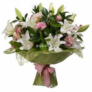 Букет из белых лилий и роз «Ассорти»