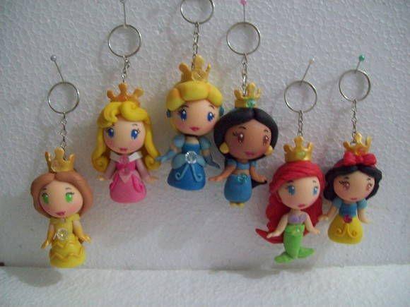 Conjintinhos lembrancinhas princesas disney chaveirinhos. R$ 48,00