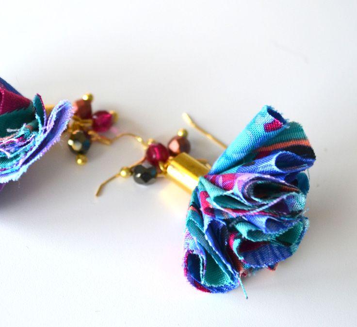 Boucles d'oreilles pompons Liberty création faite main