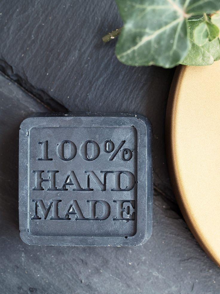 DIY Black Soap / Itse tehty musta saippua