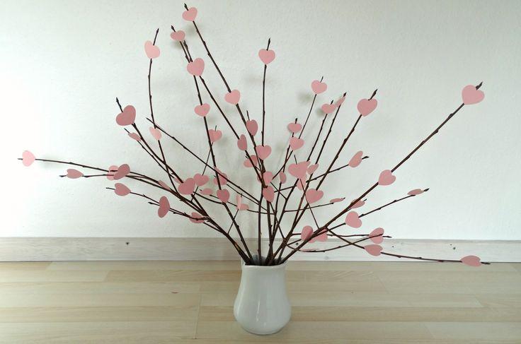 Valentine DIY - Heart tree in vase.