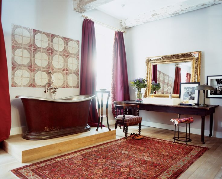31 of the Best Bathtubs in Vogue