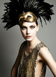 feathered masquerade halloween costume - Halloween Costumes With A Masquerade Mask
