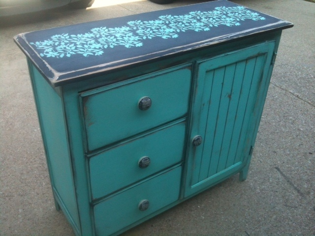 entry table, love how it turned out! turquoise and black shabby chic'd!