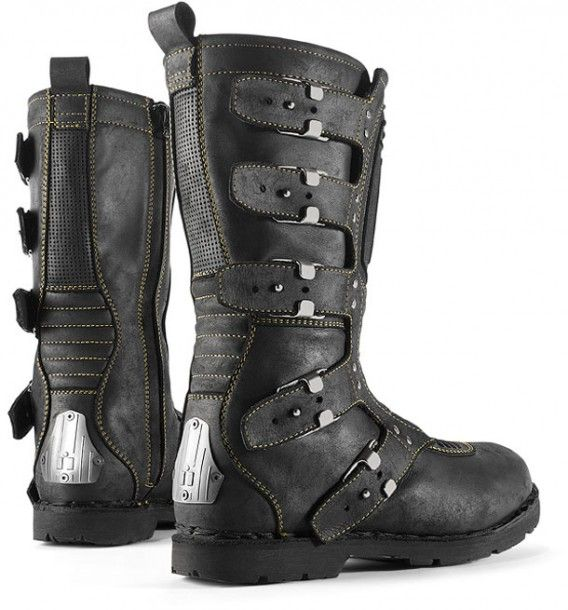 Icon1000 Elsinore motorcycle boot. Okay, look. I don't ride. But man, would these look sweet on me.
