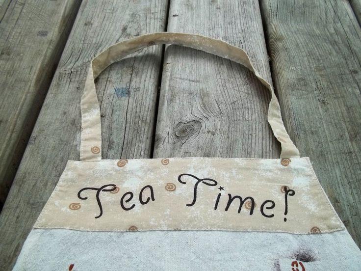 Tea Apron, comes with 15 Languages!