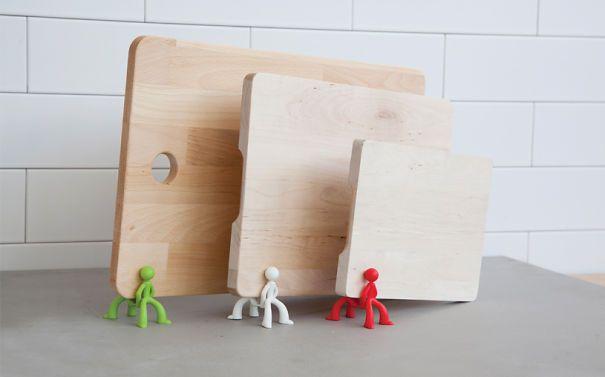 Board Brothers Cutting Board Driers              http://www.boredpanda.com/kitchen-gadgets/#post0                    peleg design