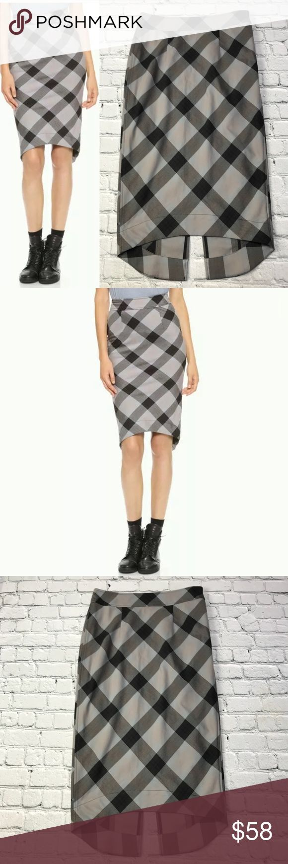 """Free People Lasy Macbeth Pencil Skirt Free People Womens Lady Macbeth Back Slit Skirt in Washed Black Size:6 Type:Skirt Style:Pencil Brand:Free People Measurements ~Waist: 14""""  Length: front 28"""" back 30.5"""" Condition:Gently used Measurements are taken as follows: Waist~ laid flat, measured across. Length: laid flat, measured from waistband or shoulder to bottom front hem. No tears, holes, stains, fading or defects unless otherwise noted. I accept all reasonable offers! Thanks…"""