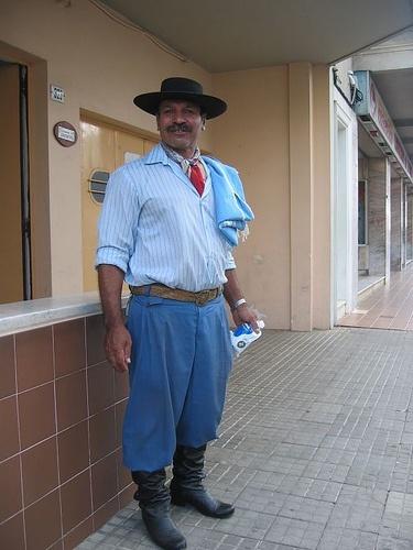 traje tipico de Uruguay
