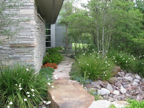 1000 images about dry river beds on pinterest white for Garden design back issues