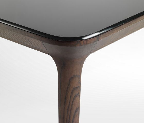 Dining tables | Tables | Manda | Busnelli | Patrick Jouin. Check it out on Architonic