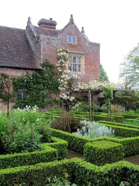 Sissinghurst Castle gardens & Michelham priory