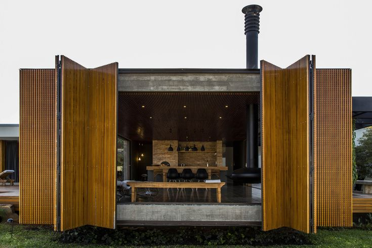 Image 3 of 35 from gallery of MCNY House / mf+arquitetos. Photograph by Renato Moura