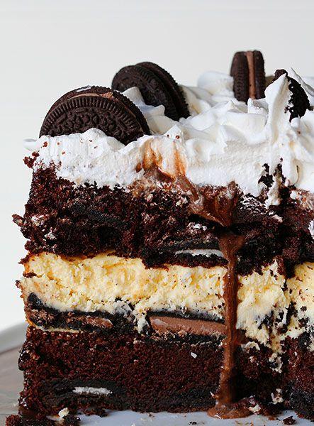Oreo Cheesecake Cake ~ http://iambaker.net