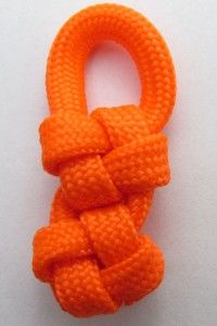Paracord cross knot zipper pull!