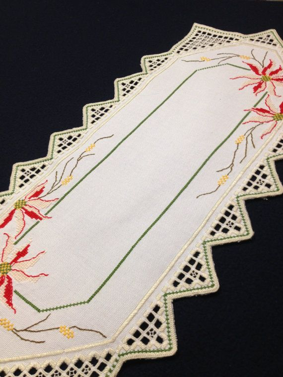 Beautiful Hardanger embroidered linen table runner. Scandinavian handcraft. Handmade by Inspiria