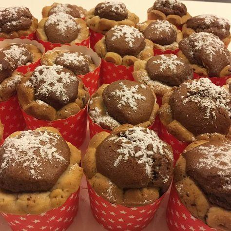 Cookie Kek Tarifi için Malzemeler Kurabiye hamuru için;   2 adet yumurta  200 gram tereyağı  1 çay bardağı sıvı yağ  1 paket kabartma tozu  1 çay bardağı yoğurt  1,5 su bar
