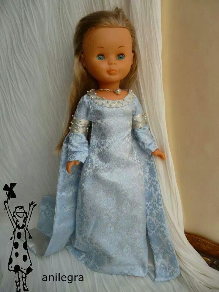 Cosiendo vestidos para Nancy: Princesa medieval