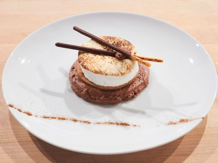 Get this all-star, easy-to-follow S'mores Through the Roof recipe from Duff Goldman