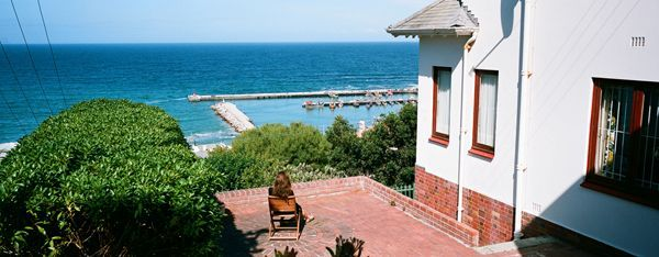 Self catering accommodation, Kalk Bay, Cape Town   Kalk Bay Views of the harbour and ocean/outside view of the Villa  http://www.capepointroute.co.za/moreinfoAccommodation.php?aID=473