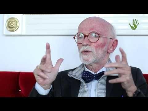 Prof. Franco Berrino: non sono i grassi che fanno ingrassare! - YouTube
