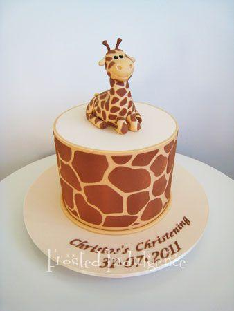 Giraffe Cake-My 16 year old daughter loves giraffe's. Must make...