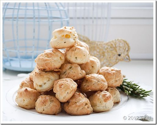 Rosemary and Roasted Garlic Gougères: Breads Recipe, Appetizers Smal Bites, Secret Recipe, Cakes Mixed Cookies, Cream Cheese, Roasted Garlic, Recipe Club, Appetizers Hot Finger, Drinks Recipe