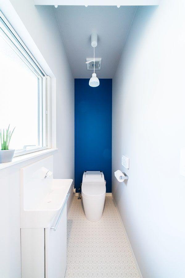 トイレ 滋賀で設計士とつくる注文住宅 ルポハウス トイレ 2019 トイレ トイレのアイデア トイレ 壁紙