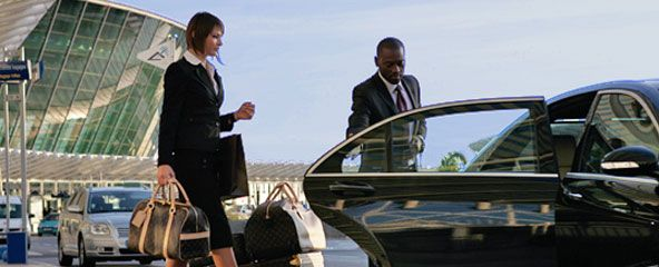 The right Baltimore airport car service should be comfortable, offer a smooth and quiet ride, and allow you to enjoy the trip. Just because it's for a business meeting out of town doesn't mean you can't enjoy traveling.